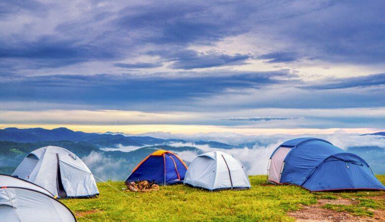 In einem Zelt übernachten - Ein Zeichen von Freiheit.
