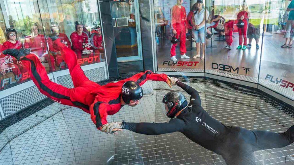 Indoor Skydiving oder auch Bodyflying ist ein riesen Spaß, auch für Anfänger!